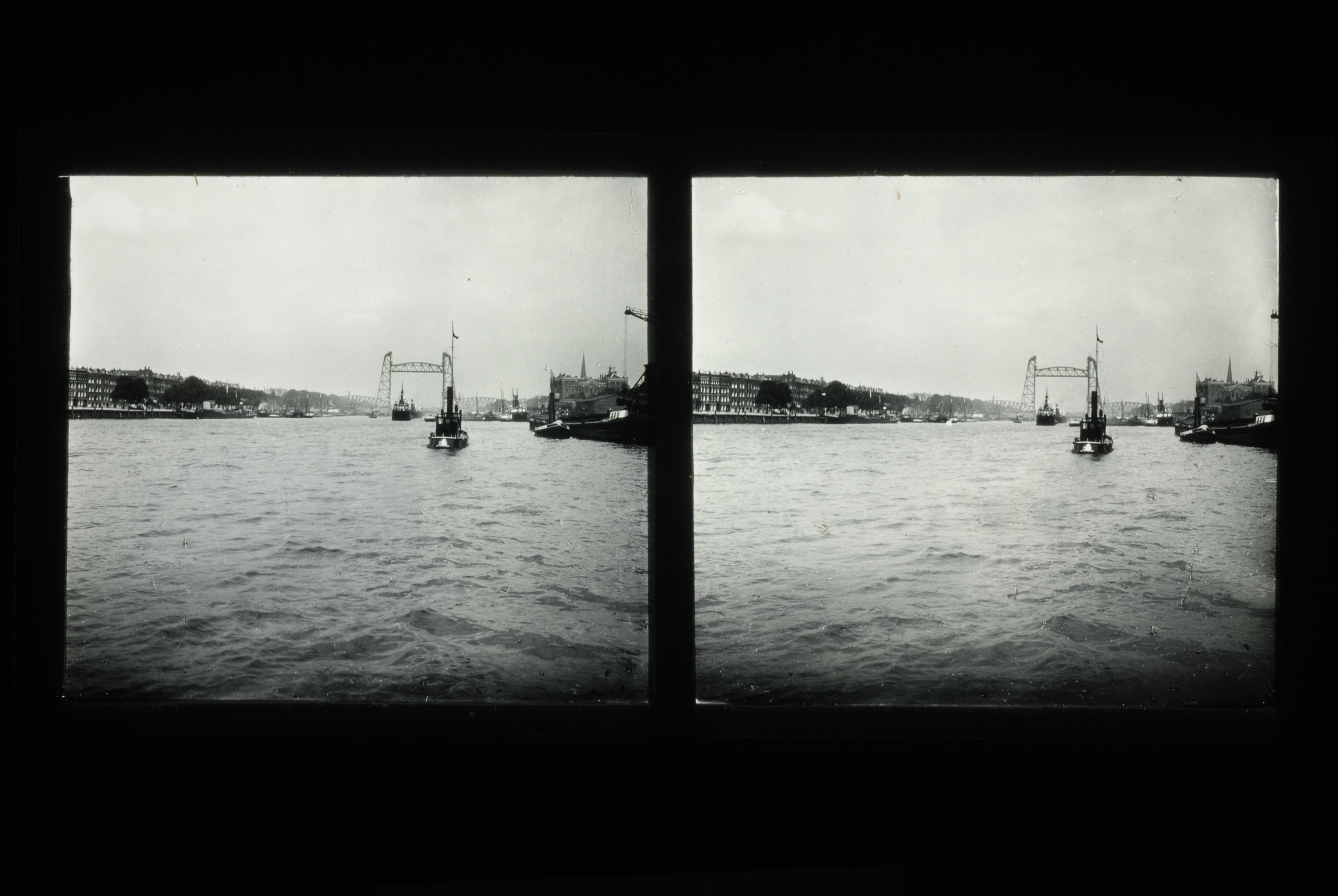 Stereo glasdia van Koningshaven, de Maas en De Hef te Rotterdam in 1928