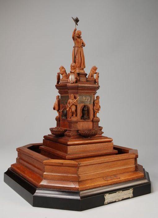 Model van het standbeeld van de Maagd van Holland te Rotterdam