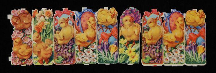 """Series poëzieplaatjes 'Pasen', zes aan elkaar verbonden plaatjes, kuikentjes met eieren en bloemen, drie van de zes dubbel, kleurendruk op papier, """"De Gruyter's Snoepje van de Week"""""""