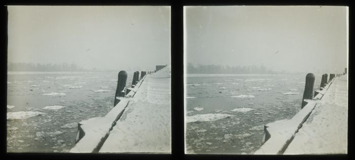 Stereo glasdia van de ijsgang op de Maas te Rotterdam uit 1929